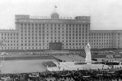 Е.А.Шишкина. Памятник В.И.Ленину